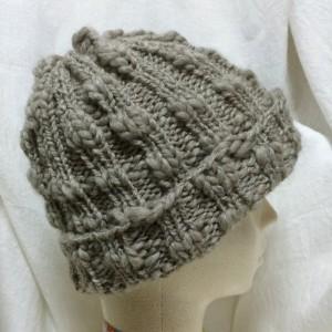 ニット帽 ソノモノスラブ超極太 今すぐかぶりたい手編みの帽子 編み図 棒針編み