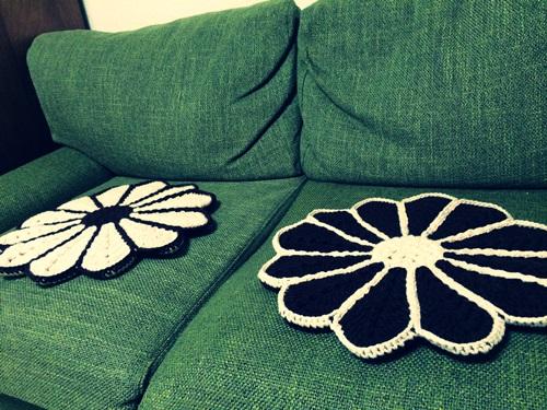 手作りする手編みの毛糸の座布団の編み図の本 円座・角座・花座