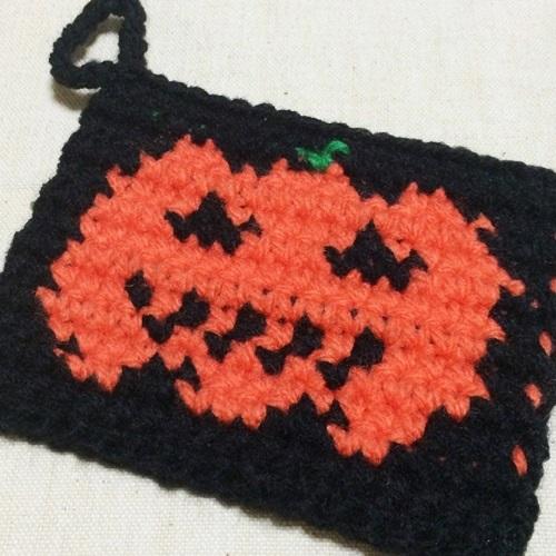ハロウィンのアクリルたわし かぼちゃ(ジャックオランタン)の編み図