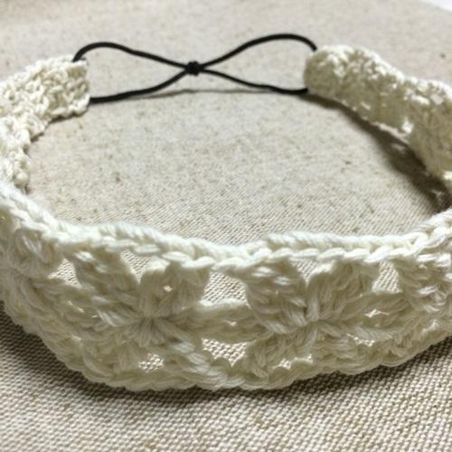 手作りの花のカチューム かぎ針編みのブレードの編み図をアレンジ