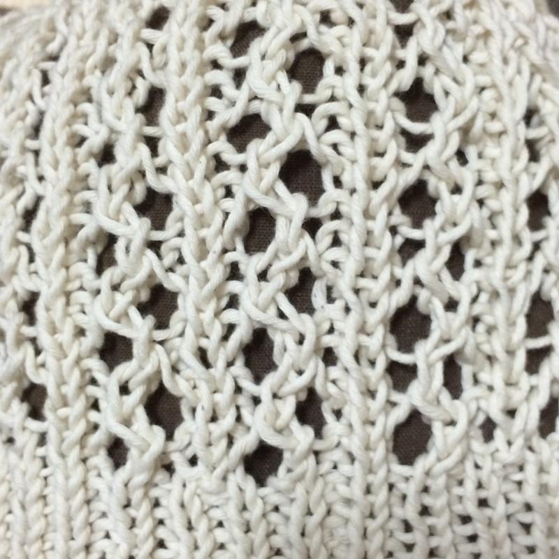 パンドラハウスのコットン糸&Ravelryの編み図で夏用の帽子を手編み